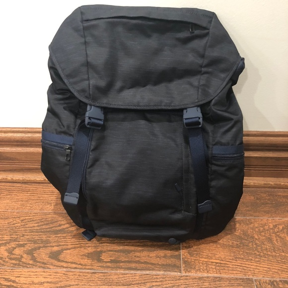 1042988853a lululemon athletica Bags | Lululemon Command The Day Backpack | Poshmark